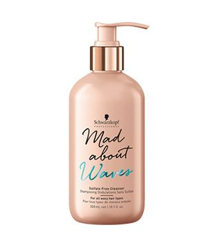 MAD ABOUT Waves Shampoo Sulf-Free Cleanser